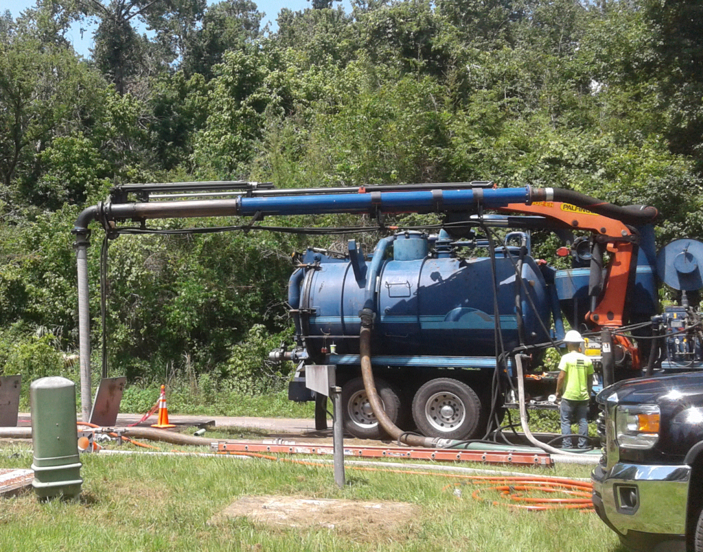 USST Crew with Combination3® truck at work on lift stations.